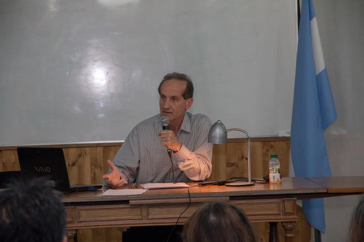 Se presentó la monografía «Los lugares del Buda en la India del Norte» en la Universidad del Comahue