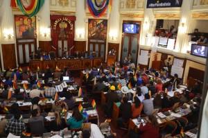 Legislativo boliviano elabora pergunta para referendo