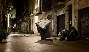 La pobreza se extiende por la Barcelona metropolitana