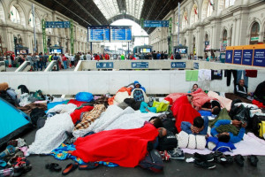 U.N. Rights Commissioner blasts harsh treatment of refugees
