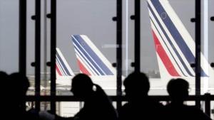 Air France anuncia que suprimirá casi mil empleos en 2016