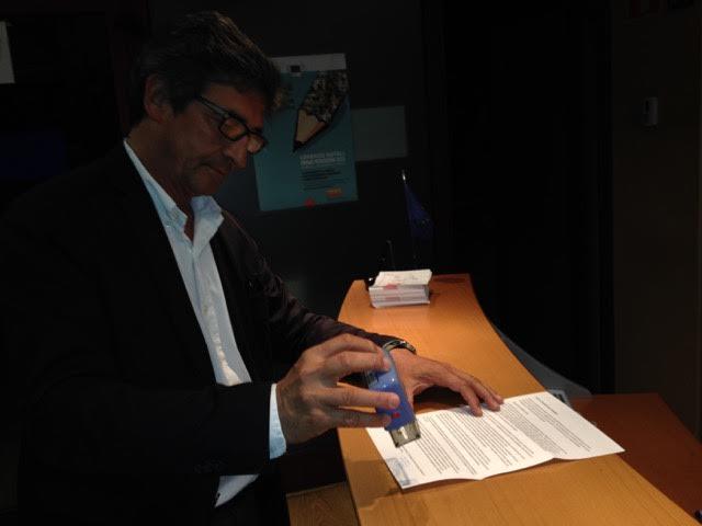 2O2015sellado en la sede Parlamento Europeo
