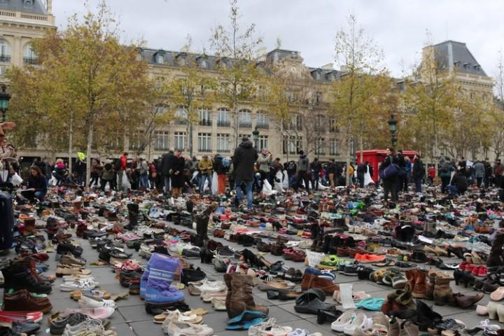 Francia: Amnesty denuncia il rischio delle modifiche costituzionali