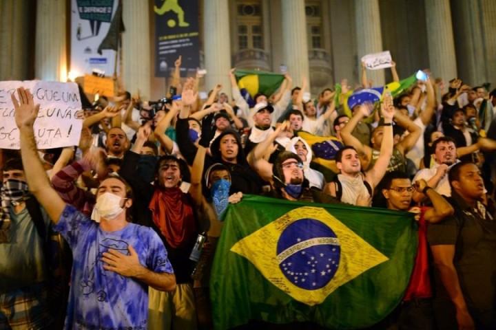 Brasile: Volkswagen negozierà risarcimento per collaborazione alle dittature