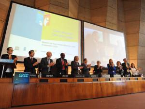 Directora general de la UNESCO celebra agenda universal para la educación para los próximos 15 años y destaca desafíos futuros