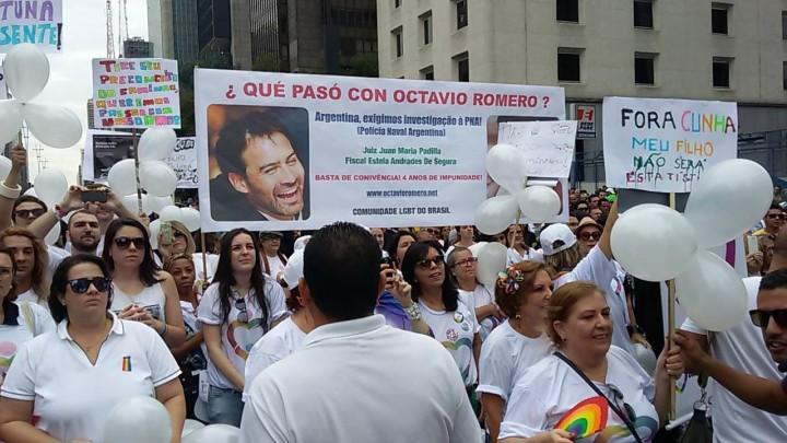Marcha gay de Buenos Aires recuerda asesinato homofóbico en la Marina argentina