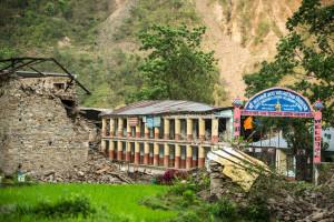 Nepal: emergenza farmaci per il blocco della frontiera con l'India