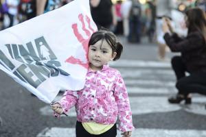 Multitudinaria marcha para exigir la vigencia de las leyes de género