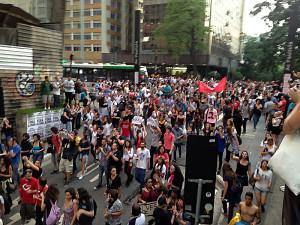 Gran acto de apoyo a los estudiantes en San Pablo