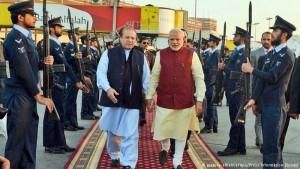 Premiê indiano faz visita surpresa ao Paquistão