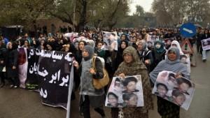 Rapporto annuale HRW: un Afghanistan in caduta libera