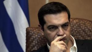 Los cien recortes de Tsipras para ganarse el favor de la Troika