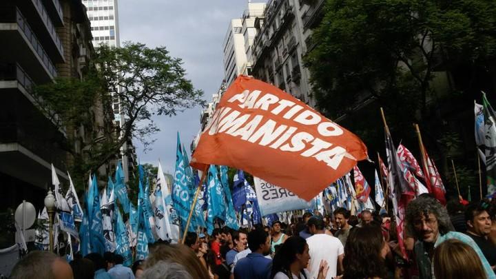 Le Parti Humaniste International appelle tous les Etats à signer et à ratifier le Traité des Nations Unies sur l'Interdiction des Armes Nucléaires