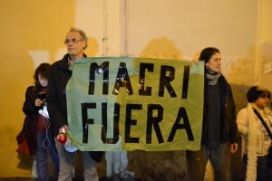 Roma: protesta contro il Presidente argentino Macri