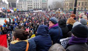 Enorme manifestazione anti-nucleare a Londra