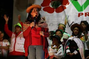 «Seremos gobierno y trabajaremos por superar la pobreza, desigualdad, violencia y exclusión de la mujer en el Perú»