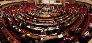 La France va-t-elle participer à l'abolition des armes nucléaires ?  Des députés proposent un référendum.