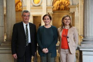 Βαρκελώνη, Λέσβος και Λαμπεντούζα: συμφωνία για άμεση βοήθεια στους πρόσφυγες