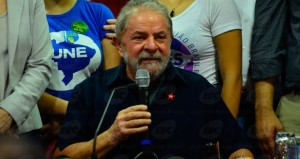 Por que Lula não foi preso?