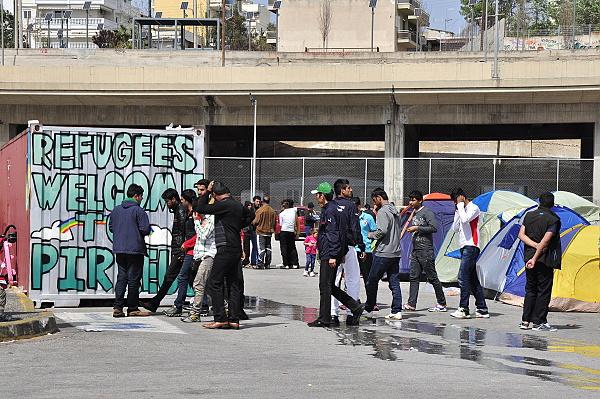 Puerto del Pireo en Grecia: elegir lo Humano