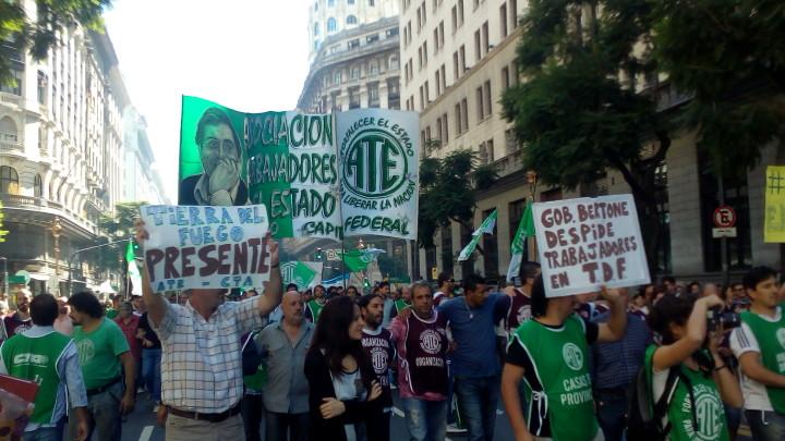 Movilización trabajadores estatales Argentina