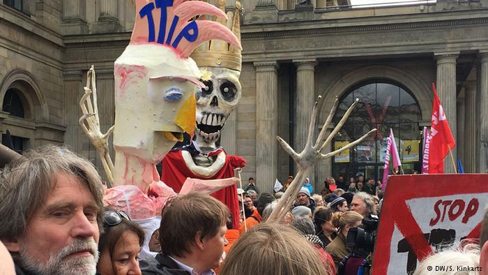 TTIP: predico bene e razzolo male