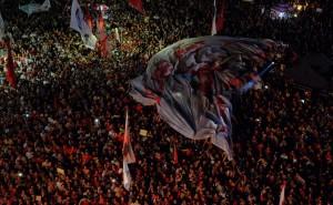 11/04 no Rio. Multidão pulsante, alegre e disposta: #NaoVaiTerGolpe