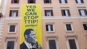 Stoppt TTIP, tausende Demonstranten in Rom im Namen der Rechte und gemeinschaftlichen Güter