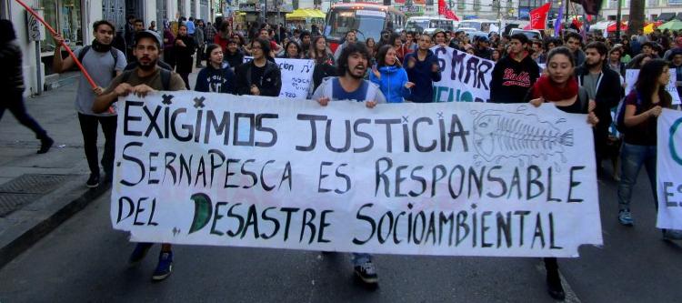 Crise ambiental em Chiloé tornou-se uma crise social maior