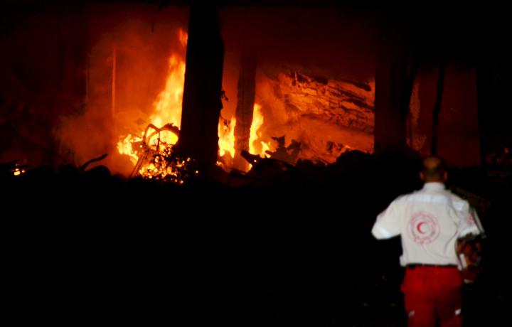 Bombe su Gaza, Israele viola accordi nel silenzio mondiale