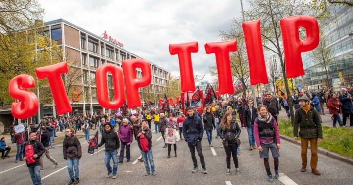 Pro-Corporate TTIP on the ropes as top French officials lambaste 'Bad Deal'
