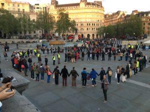 Friedenszeichen in London