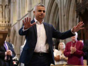 El alcalde musulmán de Londres se ofrece a educar a Trump sobre el Islam