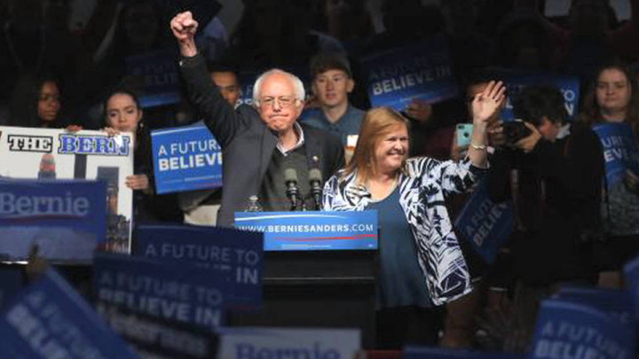 Bernie Sanders vince a sorpresa in Indiana