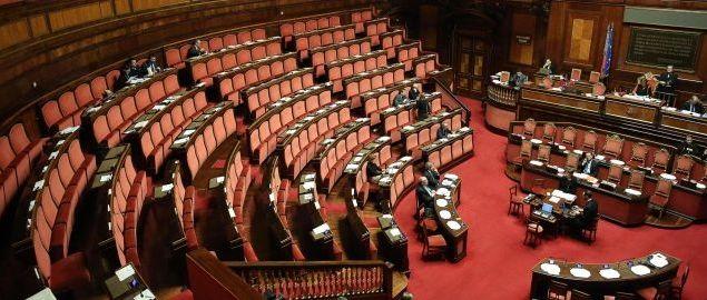 Pressenza l immunit diseguale dei senatori for Composizione senato italiano