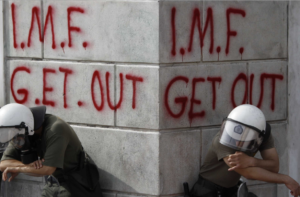 IWF gibt zu, dass der Neoliberalismus gescheitert ist