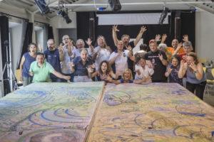 La Grande Tela dipinta dagli operatori e dagli utenti della ASL2 di Lucca