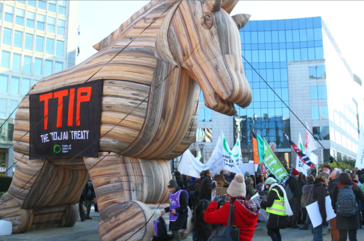 CETA: EU-Kommission und Italien umgehen nationale Parlamente