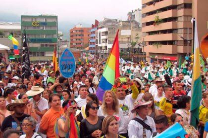 Colombia: 120.000 Voci contro l'estrattivismo