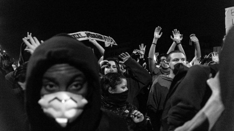"""""""El racismo no empeoró, solo se le presta mayor atención"""" Logan Sparks"""