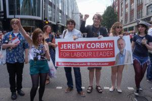Migliaia di iscritti al Partito Laburista britannico esclusi dalla partecipazione alle primarie