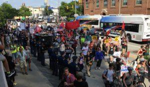 Τρεις μέρες στο Κλίβελαντ, Οχάιο ζητώντας ειρήνη, κοινωνική δικαιοσύνη και μη βίαιες λύσεις