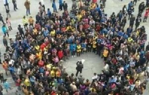 China's workers organize simultaneous protests in multiple cities