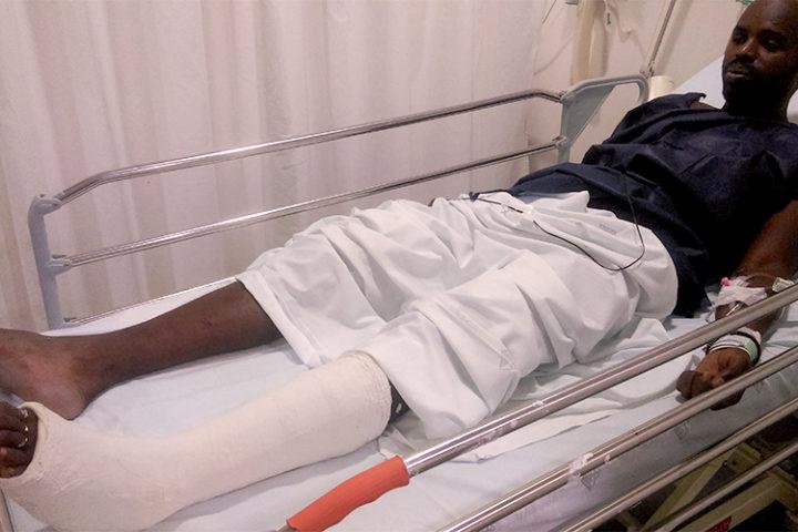 Un mantero hospitalizado después de una dura carga de la Guàrdia Urbana