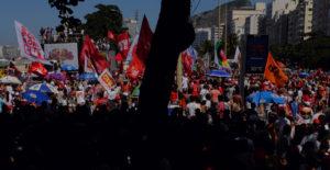 Noam Chomsky, Oliver Stone Sign Letter Against Brazil's Coup