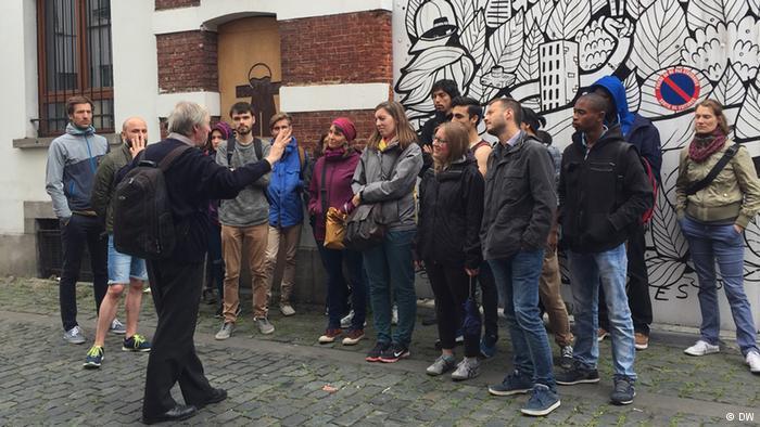"""""""Ninho terrorista"""", Molenbeek vira atração turística em Bruxelas"""