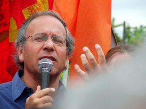 Entrevista a Tomás Hirsch: «Nada cambiará con las AFP porque no son capaces de enfrentar a los poderes económicos»