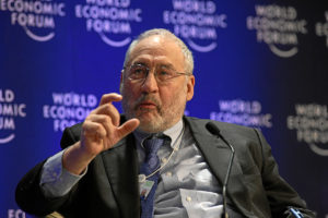 Stiglitz blasts 'outrageous' TPP as Obama campaigns for corporate-friendly deal