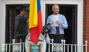 Ecuador to let Sweden question Julian Assange