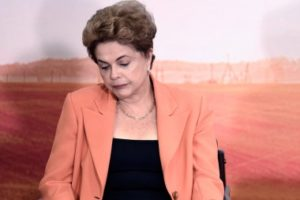 Brasil: la destitución de la Presidenta Dilma Rousseff desencadenará una ola de avaricia corporativa